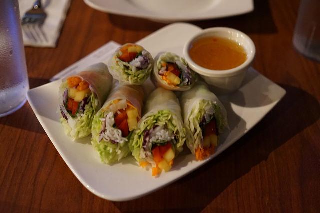 Sukhothai Salad Rolls
