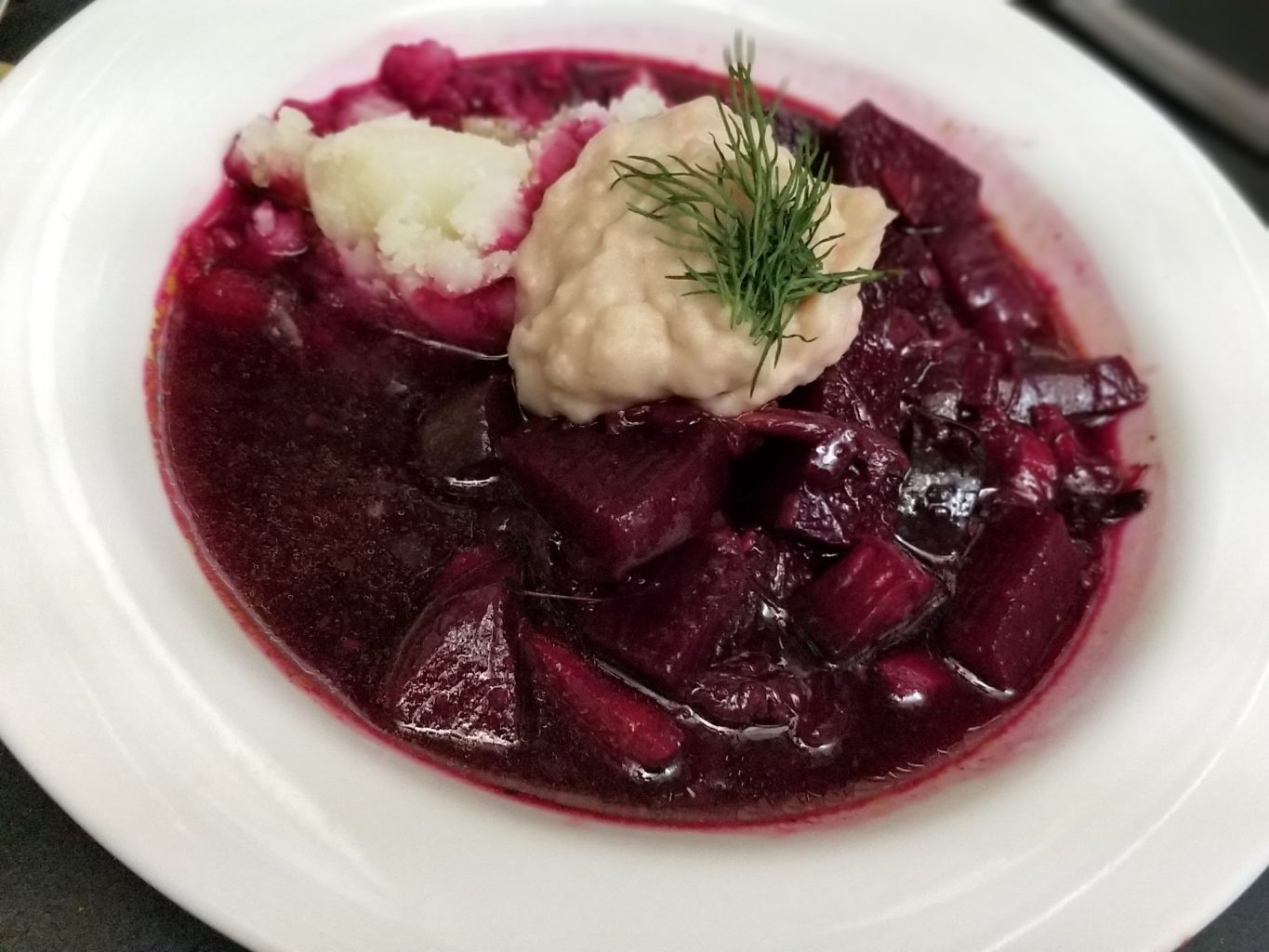Barszcz/Beet Soup – Vegan Mofo 2017 – Pleased to Beet You.